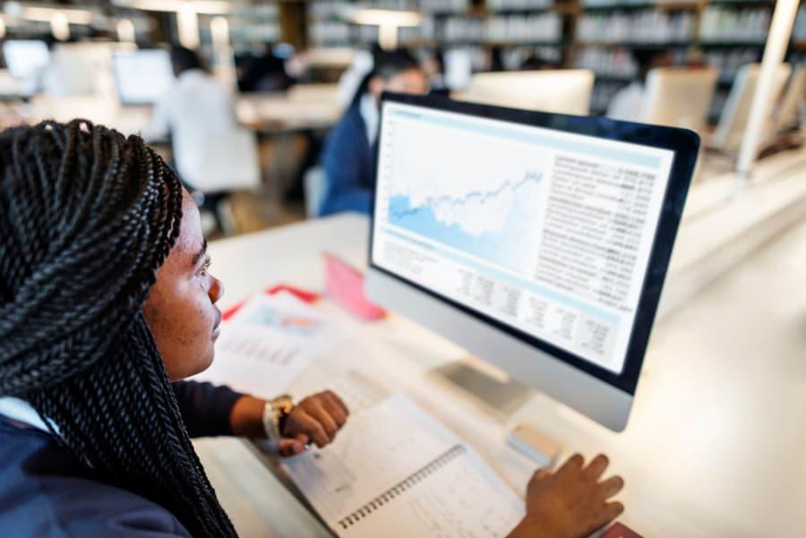 Conheça os 5 cursos mais procurados no mercado