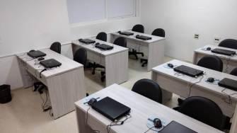 Sala 02 - Laboratório de Informática